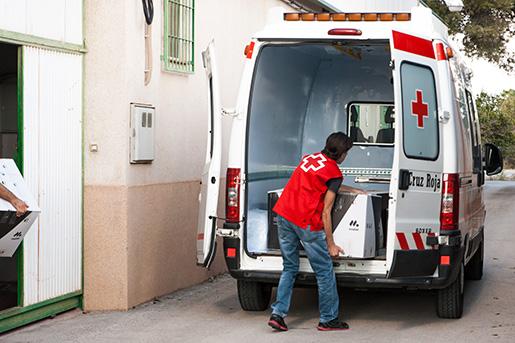 mobel-donacion-cruz-roja-3